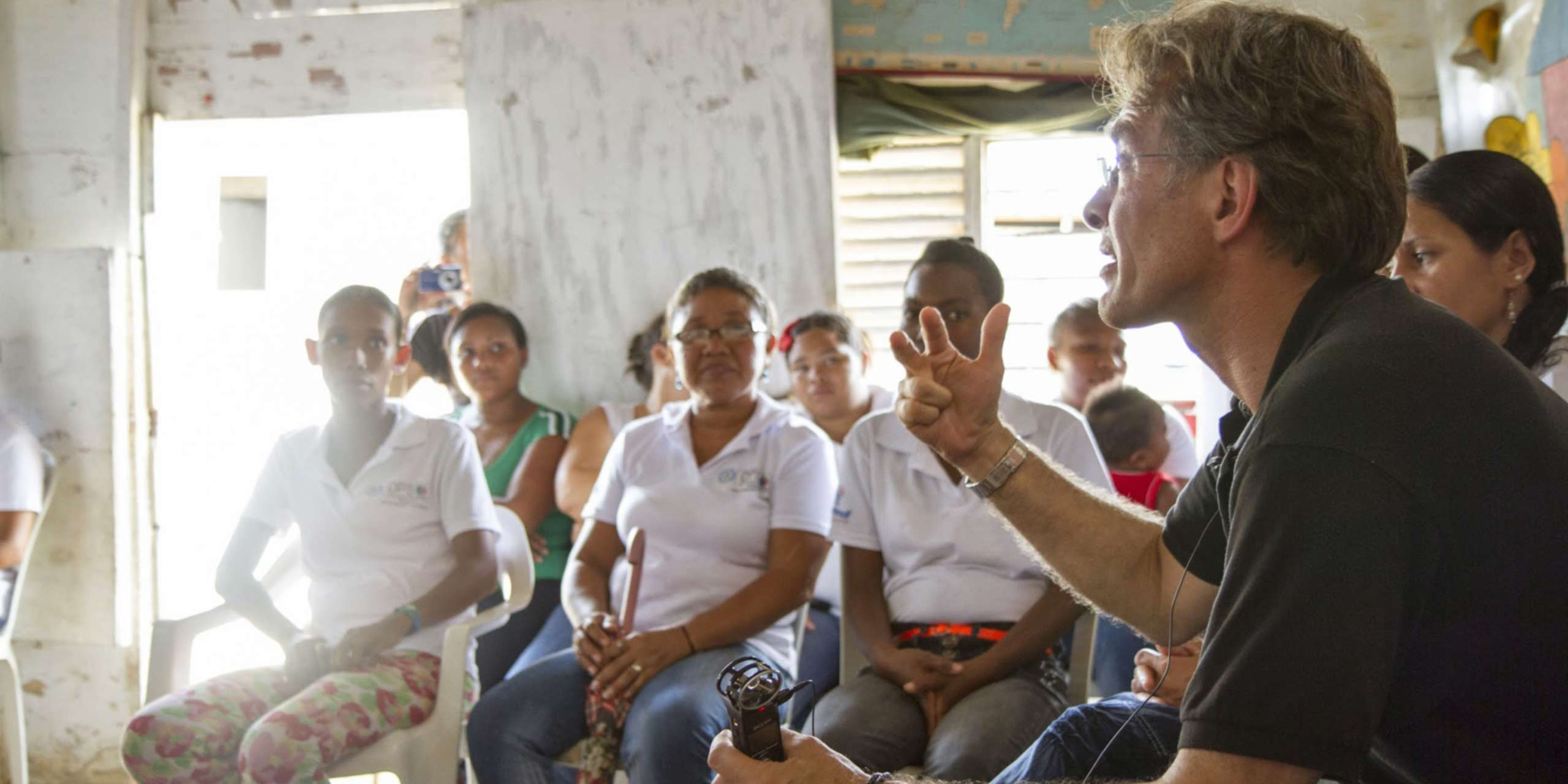 http://s12982.pcdn.co/wp-content/uploads/2014/03/fundacion-capital-sl3.jpg
