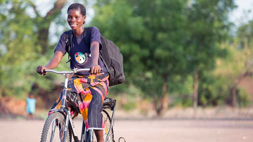 m2m Community Mentor Mother travels by bike to reach her clients in Chikwawa District in Malawi
